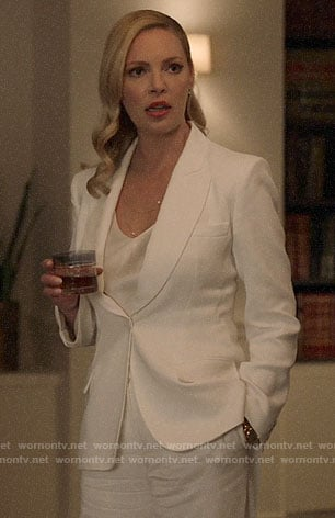 Samantha's white blazer on Suits