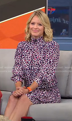 Sara's pink leopard print dress on GMA Strahan Sara And Keke