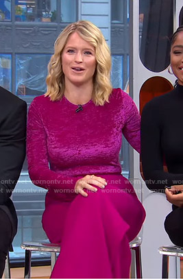 Sara's pink velvet top and wide-leg pants on GMA Strahan Sara And Keke