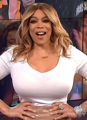 Wendy's white v-neck t-shirt on The Wendy Williams Show