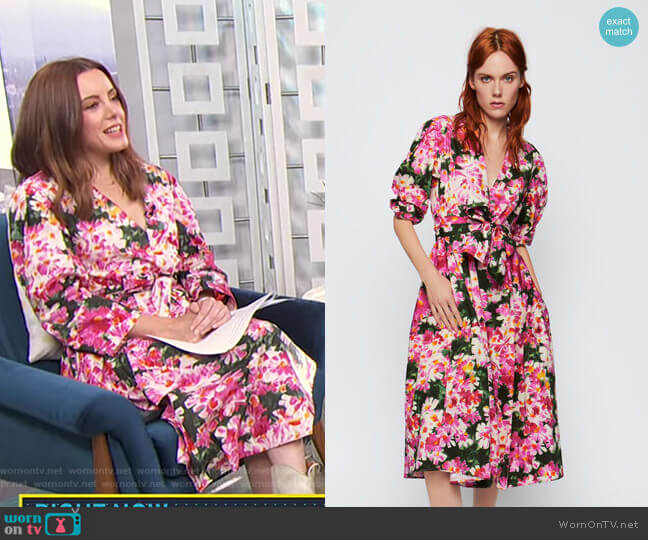 Printed Dress with Belt by Zara worn by Melanie Bromley  on E! News