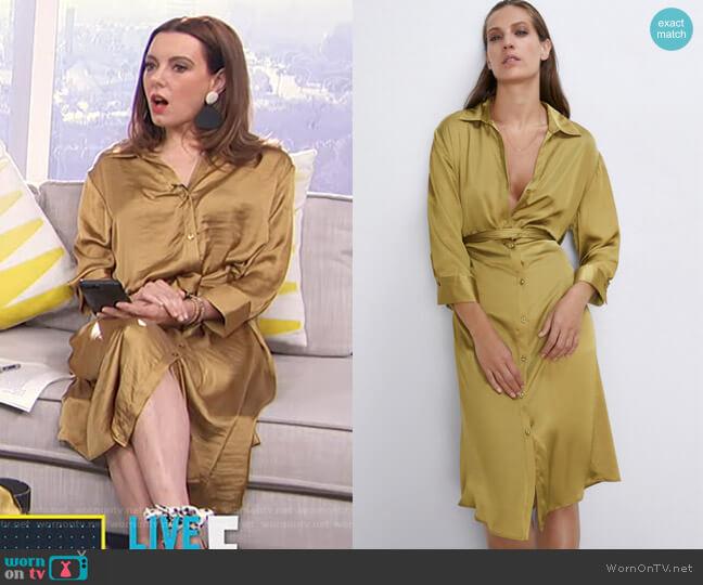 Satin Dress with Belt by Zara worn by Melanie Bromley  on E! News