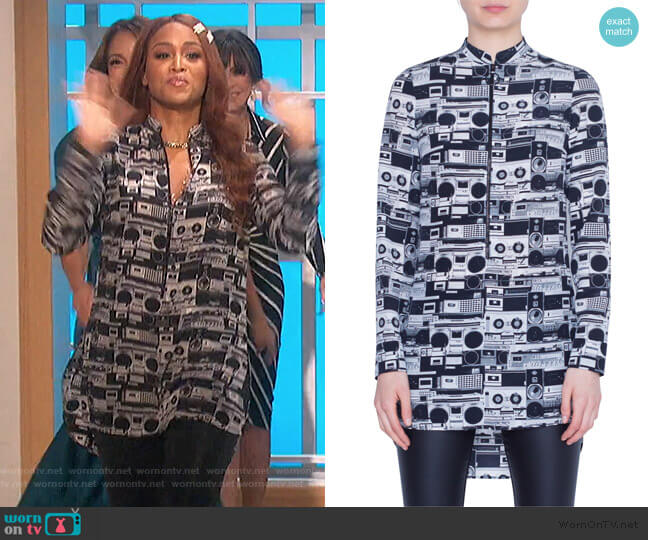 Stereo Print Zip-Front Silk Tunic by Akris Punto worn by Eve  on The Talk