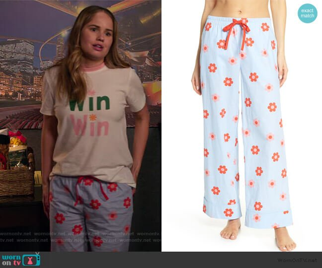 Retro Daisy Sleep Pants by Ban.do worn by Patty Bladell (Debby Ryan) on Insatiable