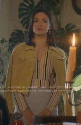 Bess's striped v-neck top and yellow jacket on Nancy Drew