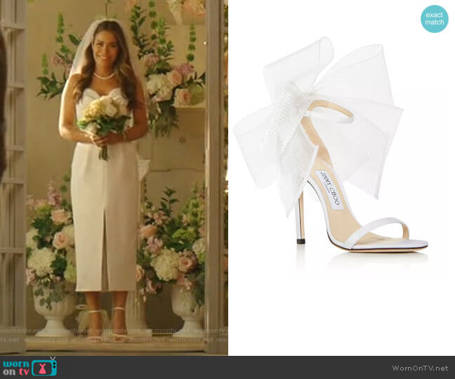 Aveline Tulle Bow Leather Sandals by Jimmy Choo worn by Cristal Jennings (Daniella Alonso) on Dynasty
