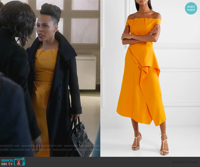 Arch off-the-shoulder draped crepe midi Dress by Roland Mouret worn by Tegan Price (Amirah Vann) on HTGAWM