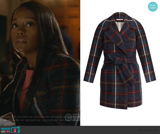 Phillips Dickey Coat by Veronica Beard worn by Michaela Pratt (Aja Naomi King) on HTGAWM