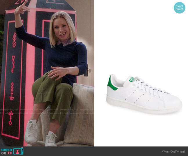 Adidas Stan Smith Sneakers worn by Eleanor Shellstrop (Kristen Bell) on The Good Place