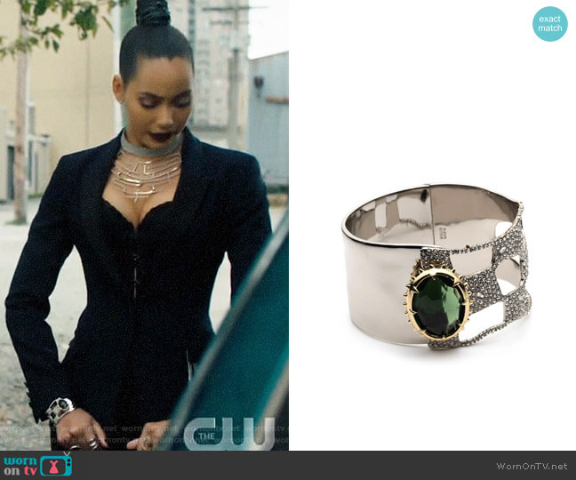 Alexis Bittar Georgian Checkerboard Hinge Bracelet worn by Macy Vaughn (Madeleine Mantock) on Charmed