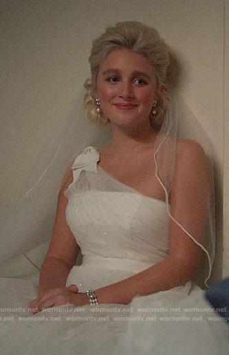 Alice's wedding dress on The Politician