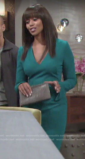 Amanda's green long sleeved sheath dress on The Young and the Restless