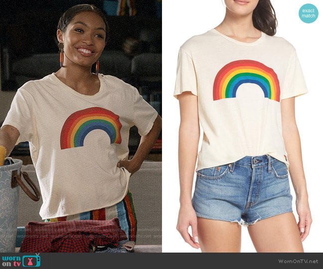 Aviator Nation Big Rainbow Boyfriend Tee worn by Zoey Johnson (Yara Shahidi) on Blackish