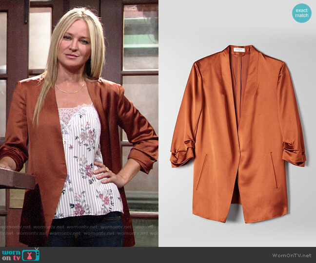Aritzia Babaton Power Blazer in Caramelized worn by Sharon Collins (Sharon Case) on The Young & the Restless