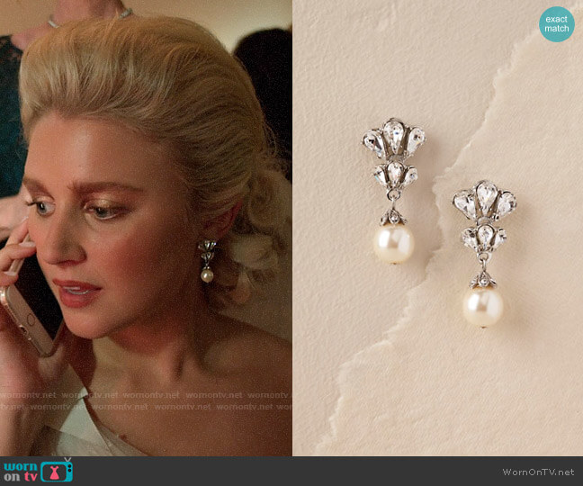 BHLDN Dita Drop Earrings worn by Alice (Julia Schlaepfer) on The Politician