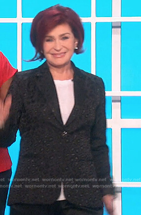 Sharon's black leopard print blazer on The Talk