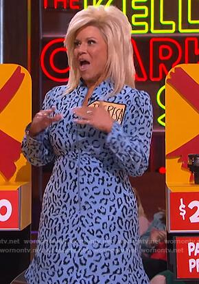Theresa Caputo's blue leopard dress on The Kelly Clarkson Show