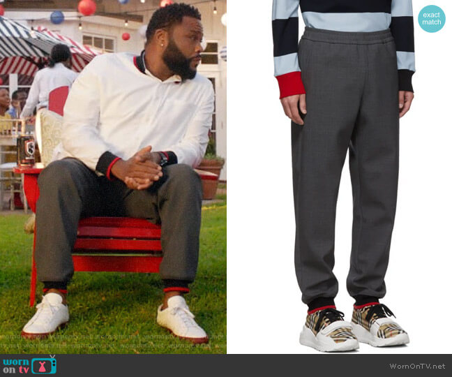 Burberry Jogger Lounge Pants worn by Andre Johnson (Anthony Anderson) on Blackish