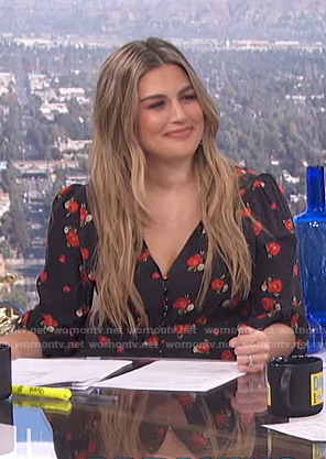 Carissa's black floral v-neck dress on E! News Daily Pop