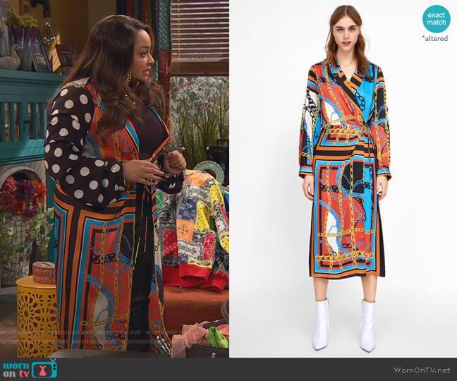 Chain Print Dress by Zara worn by Raven Baxter (Raven-Symoné) on Ravens Home