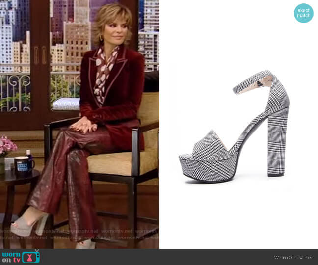 Avenue 2 Heeled Sandal by Chinese Laundry worn by Lisa Rinna on Live with Kelly and Ryan
