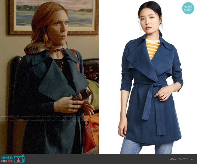 Club Monaco Claudine Trench worn by Julia Bechley (Brittany Snow) on Almost Family