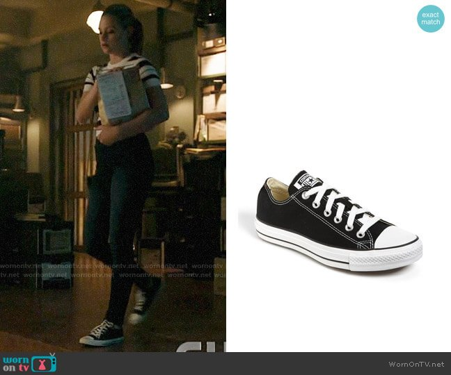 Converse Chuck Taylor Low Top Sneaker worn by Betty Cooper (Lili Reinhart) on Riverdale