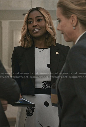 Daisy's white floral dress on Madam Secretary