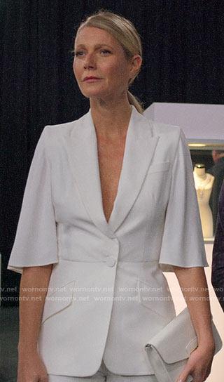 Georgina's white short sleeve blazer on The Politician