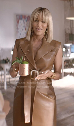 Giselle's brown belted wrap leather dress on Empire