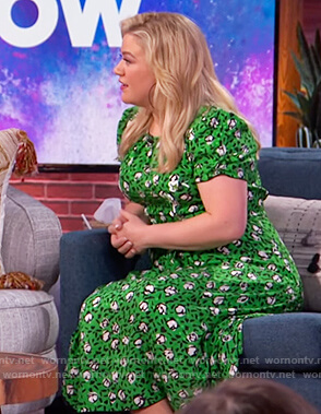 Kelly's green floral dress on The Kelly Clarkson Show