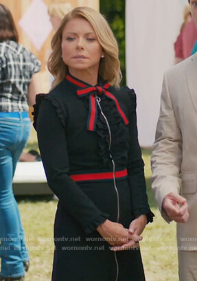 Kelly Ripa's black bow embellished dress on American Housewife