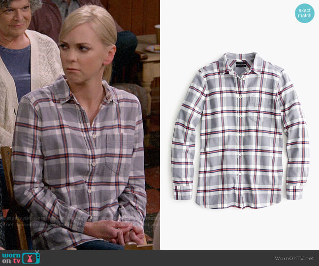 J. Crew Classic Fit Boy Shirt in Grey Plaid worn by Christy Plunkett (Anna Faris) on Mom