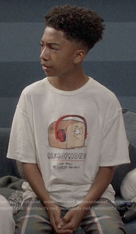 Jack's breadphones t-shirt on Black-ish