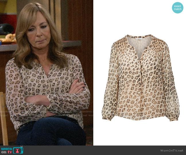 Joie Cordell Leopard Blouse worn by Bonnie Plunkett (Allison Janney) on Mom