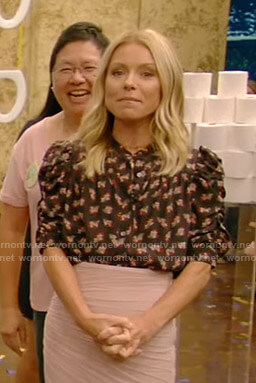 Kelly's black floral puff sleeve top on Live with Kelly and Ryan