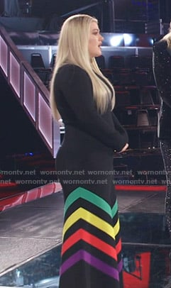 Kelly Clarkson's black dress with rainbow stripes on The Voice
