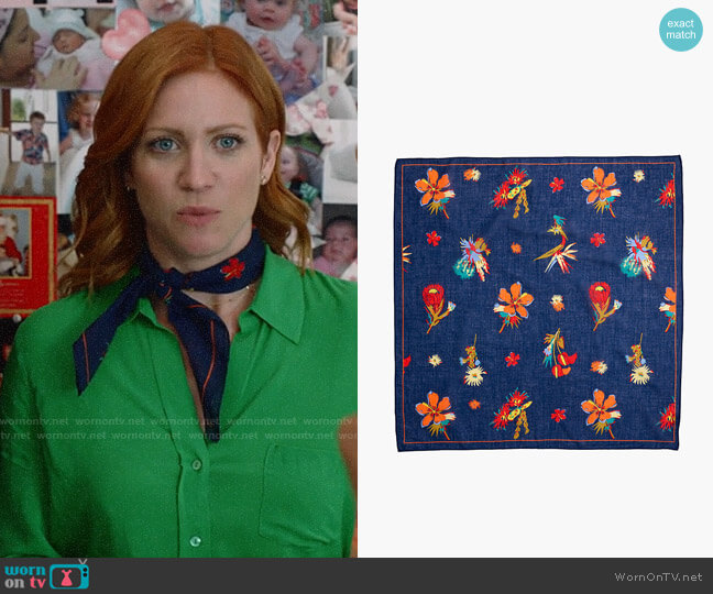 Madewell Washed Bandana in Mirage Blue Multi worn by Julia Bechley (Brittany Snow) on Almost Family