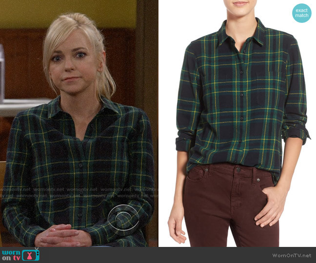 Madewell Ex Boyfriend Shirt in Barlow Plaid worn by Christy Plunkett (Anna Faris) on Mom