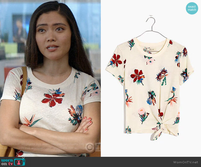 Madewell Knot-Front Tee in Hawaiian Hideaway worn by Joy (Jessica Lu) on God Friended Me