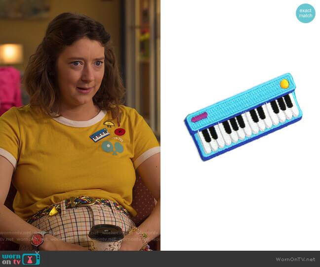 Keyboard Jam Patch by Mokuyobi worn by Nonnie Thompson (Kimmy Shields) on Insatiable