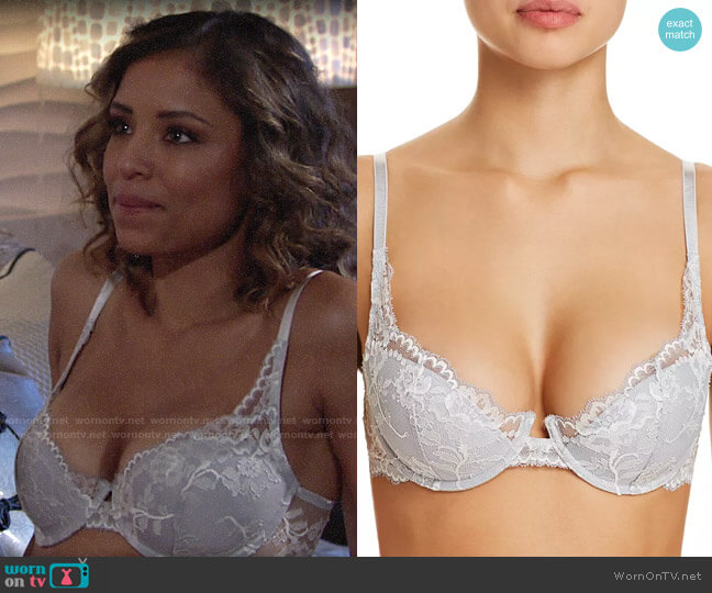 Natori Devotion Lace Contour Underwire Bra worn by Elena Dawson (Brytni Sarpy) on The Young & the Restless