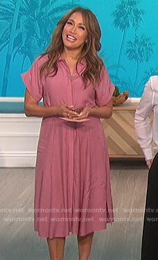 Carrie's pink shirtdress on The Talk
