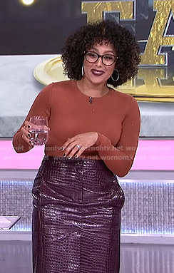 Tamera's purple crocodile skirt on The Real