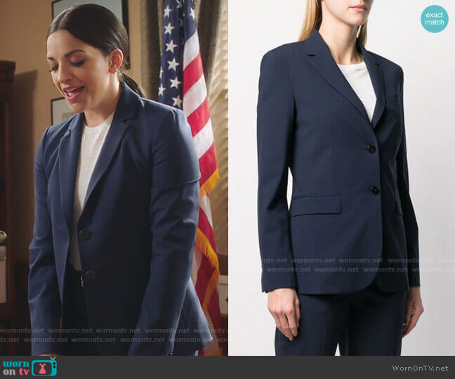 Fitted Tailored Blazer by Theory worn by Diana Barea (Ana Villafane) on Sunnyside