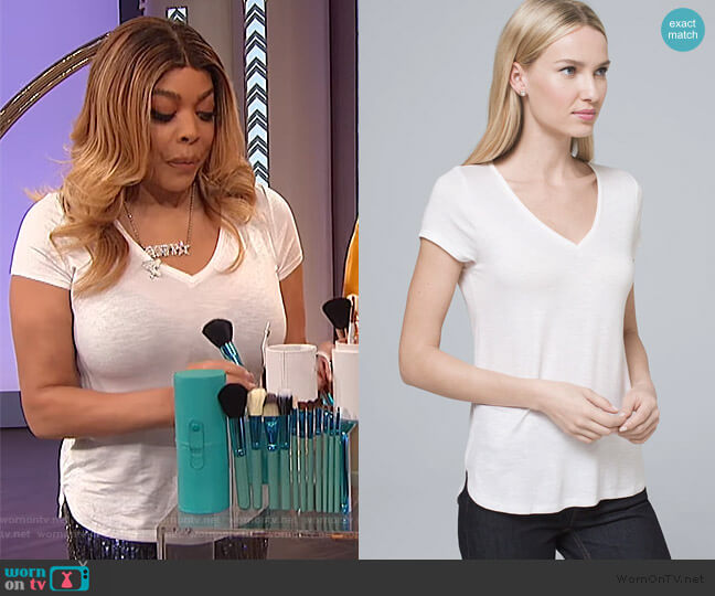 Everyday V-neck Tee by White House Black Market worn by Wendy Williams  on The Wendy Williams Show