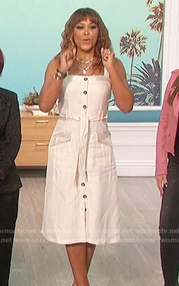 Eve's button front linen dress on The Talk