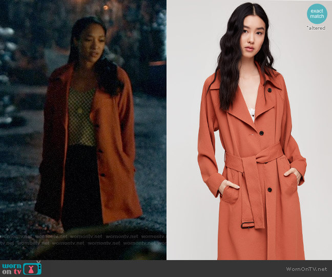 Aritzia Wilfred Pelat Trench Coat in Moroccan Spice worn by Iris West (Candice Patton) on The Flash