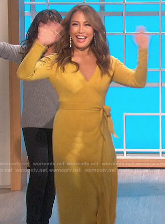 Carrie's yellow knit wrap dress on The Talk