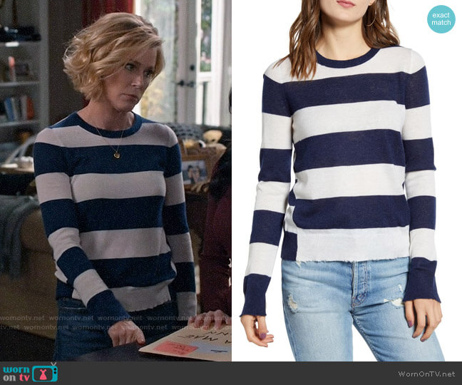 Zadig & Voltaire Source Stripe Cashmere Sweater worn by Claire Dunphy (Julie Bowen) on Modern Family